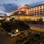 Отель Waterfront Airport Hotel and Casino 4*